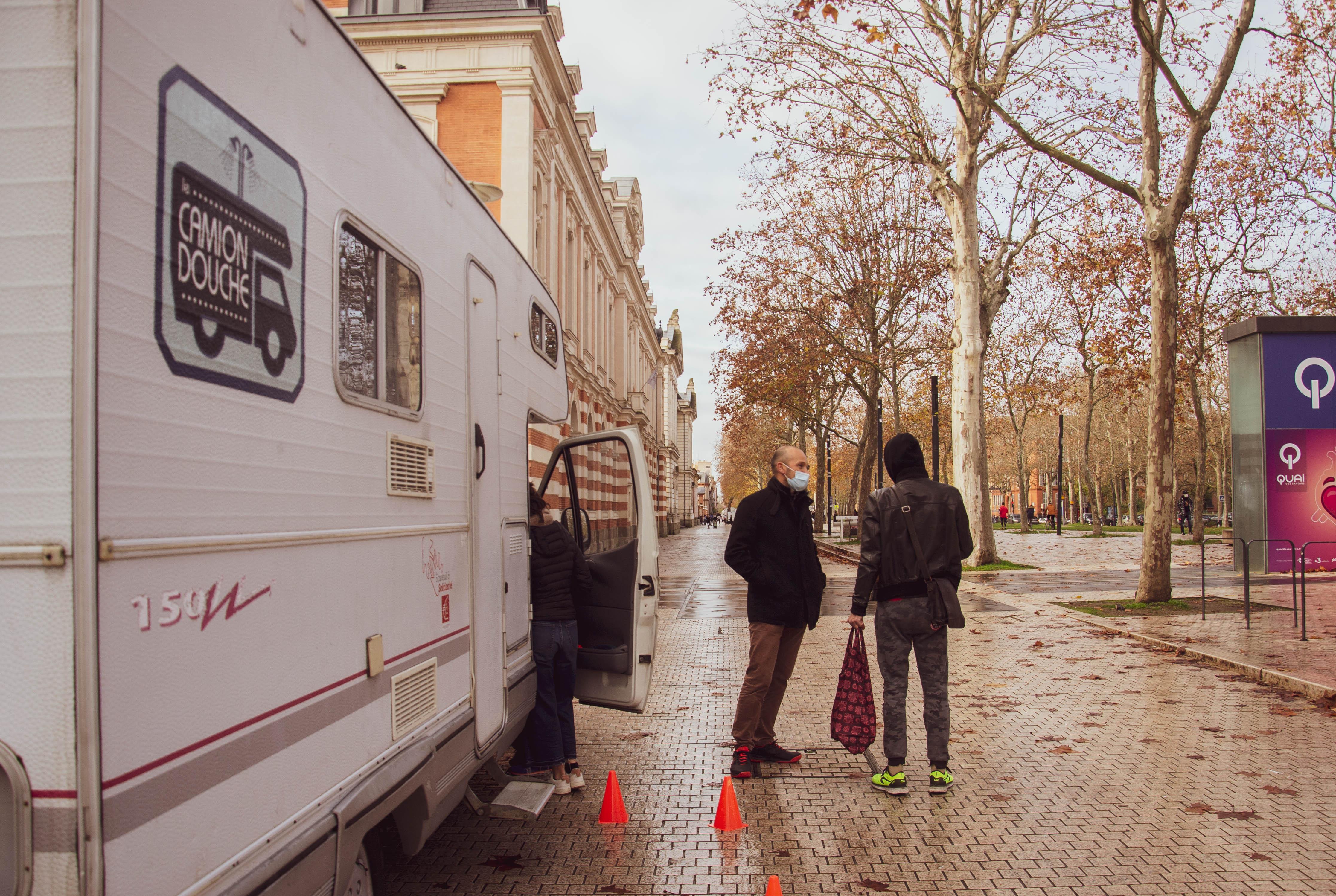 Sortie du camion mixte allée Jules Guedes