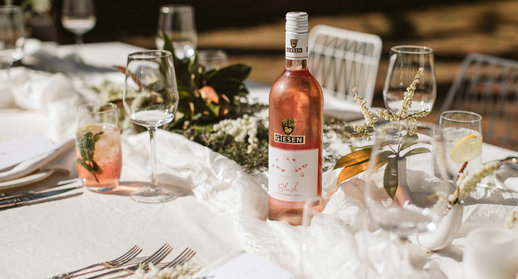 Blush-Sauvignon-Table-Setting-980x.jpg