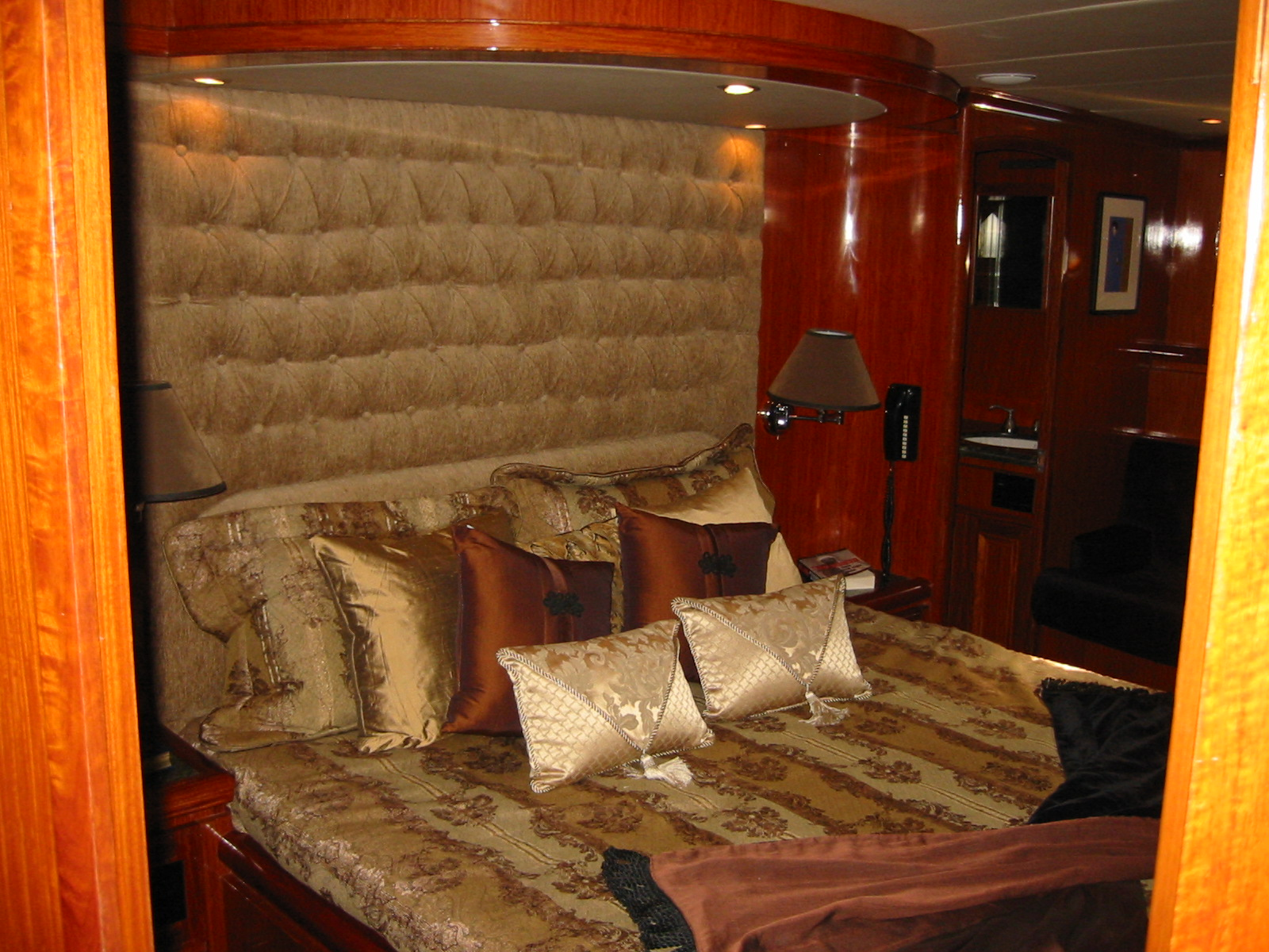 Master Stateroom Bed