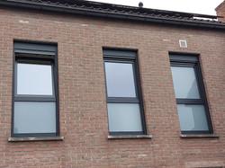 ramen met opbouwrolluiken