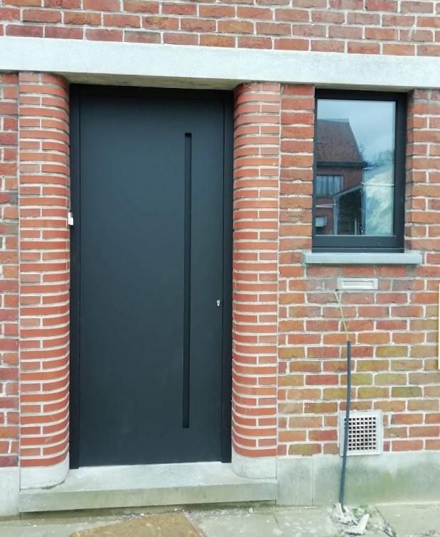deur met vleugeloverdekkend paneel 3DJef