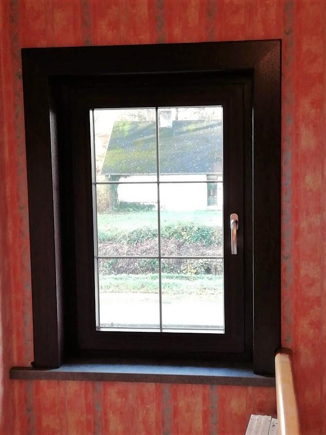 pvc raam kleur mahonie