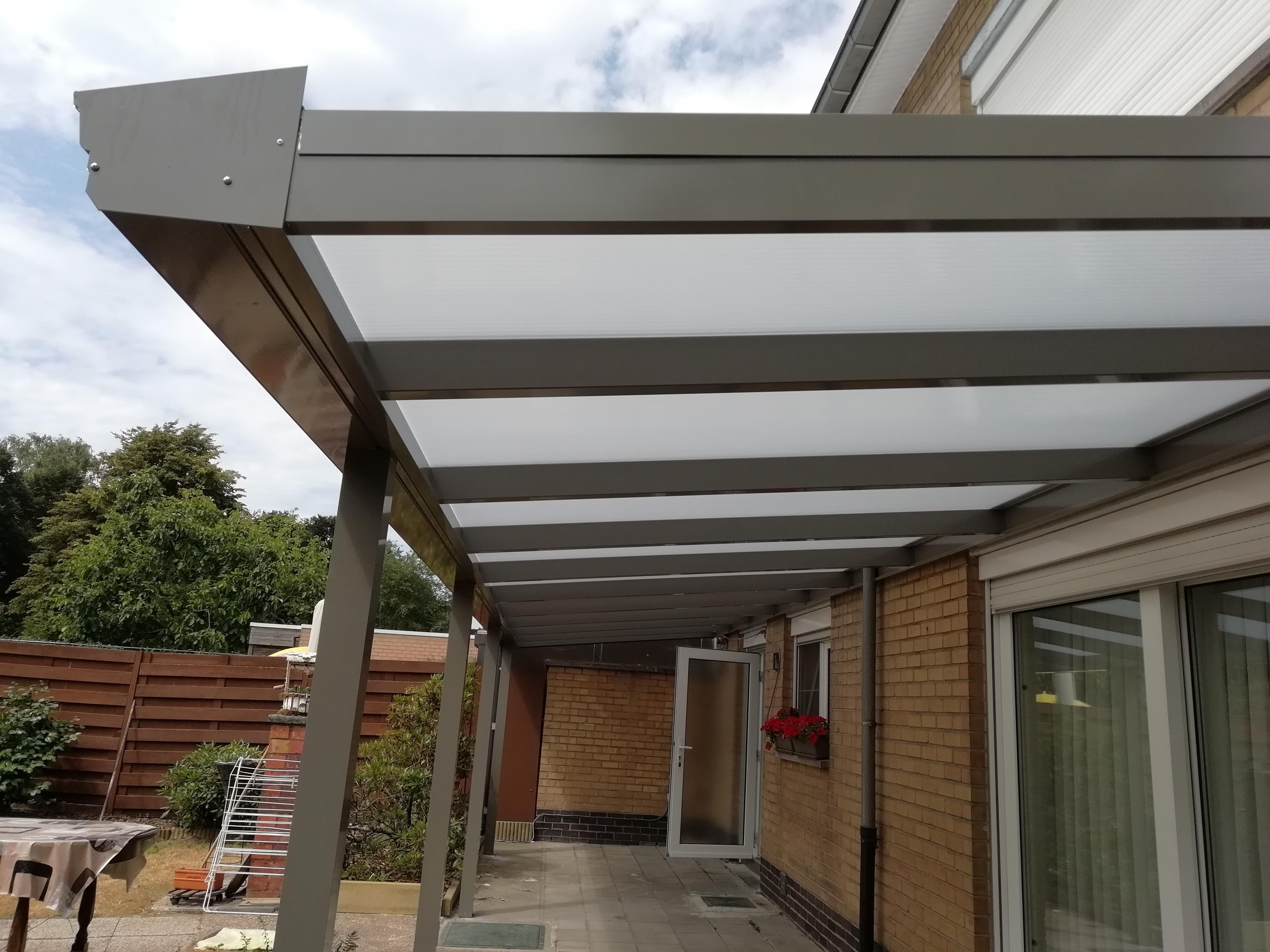 terrasoverkapping in aluminium  met zelf