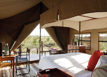 3Camp-Kalahari-Bedroom-tent-interior-vie