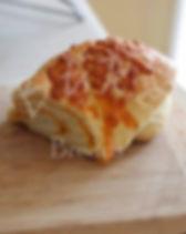 4 lb of cheddar cheese..jpg