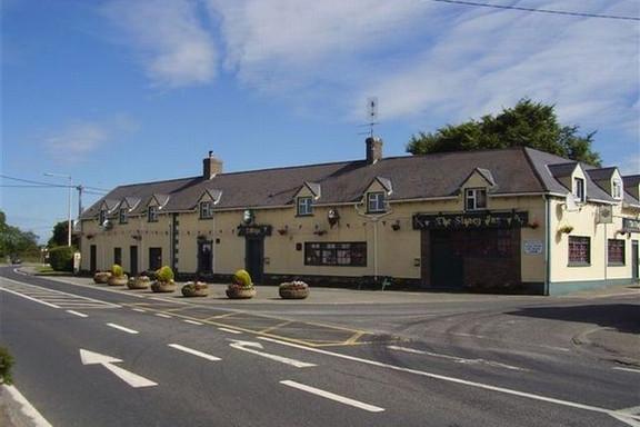 The Slaney Inn Bar And Restaurant