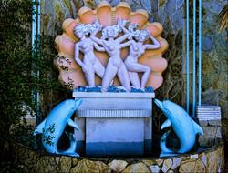 Vagabond Motel. Fountain details