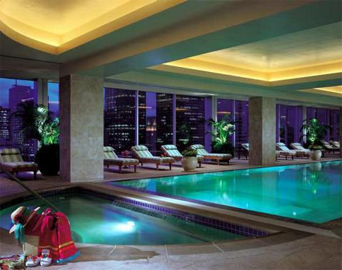 Houston Hilton_indoor pool