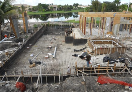 Weston Residence. Pool construction