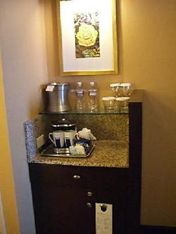 Houston Hilton_coffee-bar-in-room
