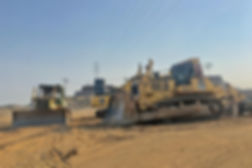 caterpillar komatsu bulldozer construction equipment D6 D7 D8