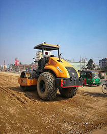 bwa picture ad road roller.jpg