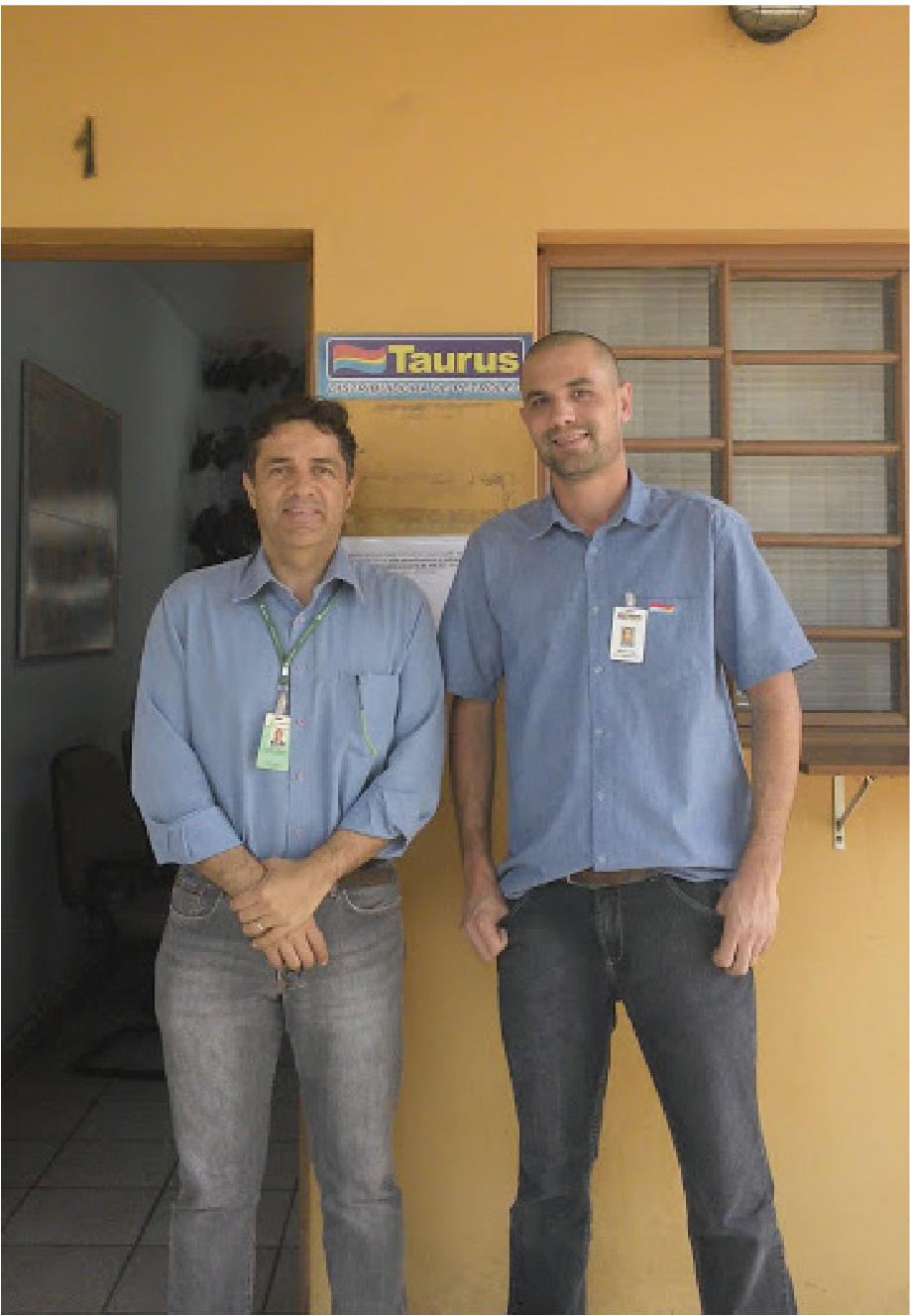 Juarez Dezordi e Mauro Miron, que atualmente ocupa um cargo de Diretoria na REPLAN, em setembro de 2012.