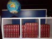 Taurus doa enciclopédias para Lar Ebenézer
