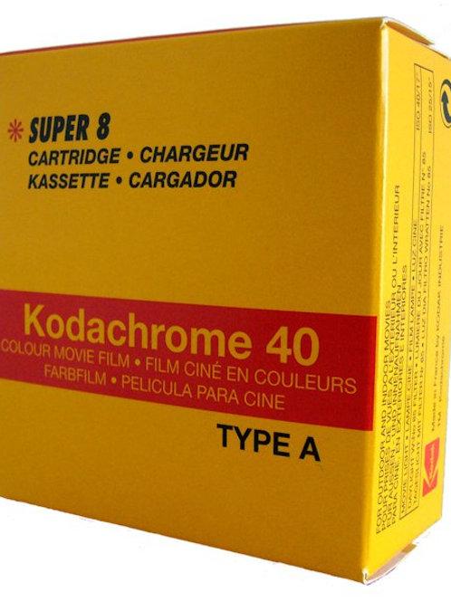 Super 8 Kodachrome 40 con sviluppo incluso (scad. 2006)