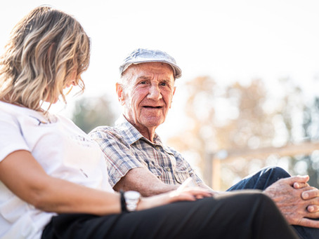 Signs It's Time for In-Home Senior Care, According to Experts