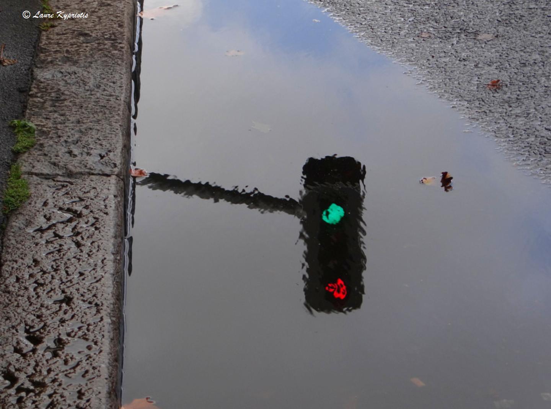 Regulating pavement traffic