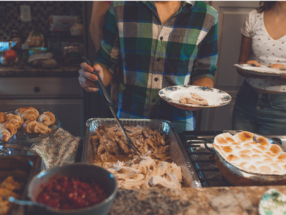 15 Easy Ways To Host Thanksgiving on a Budget