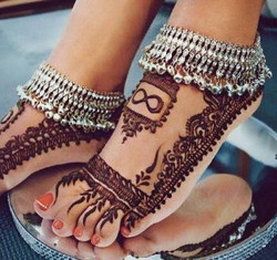 For-Bridals-new-beautiful-hd-mehndi-designs-feet-collection-2017-4-e1494433022251.jpg