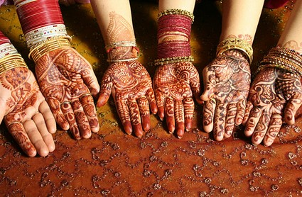 bridal-henna-hand-tattoo-designs-2.jpg