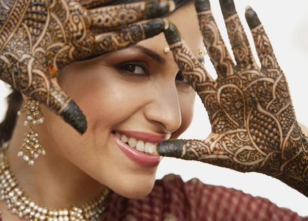 Arabic-Hennai-designs-for-hands.jpg