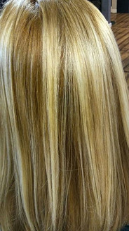 How about a little #dimensionalblonde  #color _ Swipe 👉👉 for more pics and #beforeandafter Originally blonde with some rootage going on want