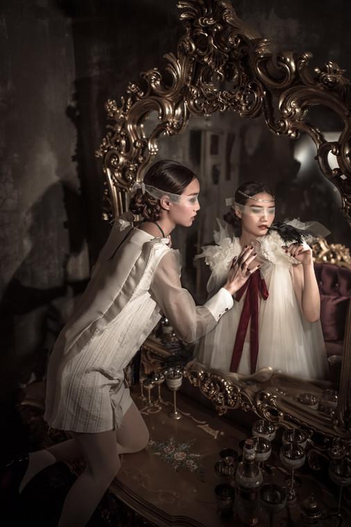 鏡子裡的,是最初夢想的樣子嗎?