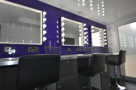 3 Position Makeup