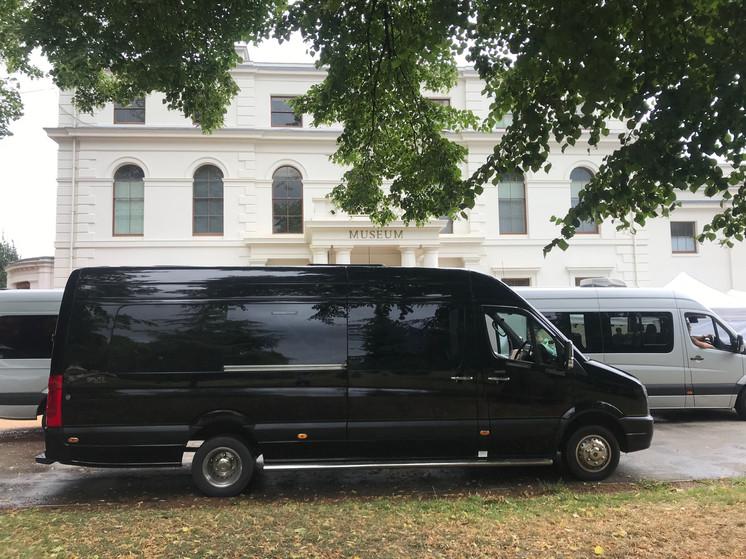 XLWB Production Bus with rear storage/Ma