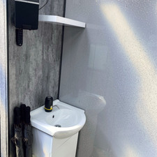 Hot Water Back Wash Sink Bose Bluetooth sound