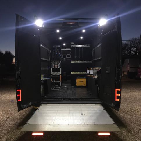 Unique and brillant location van