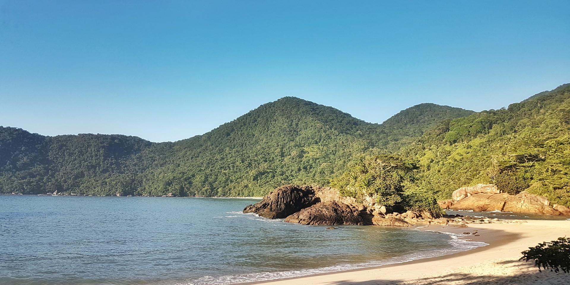 Amanhecer na Praia do Meio.
