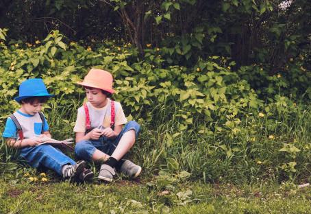 6 Activités estivales de permaculture à faire avec les enfants