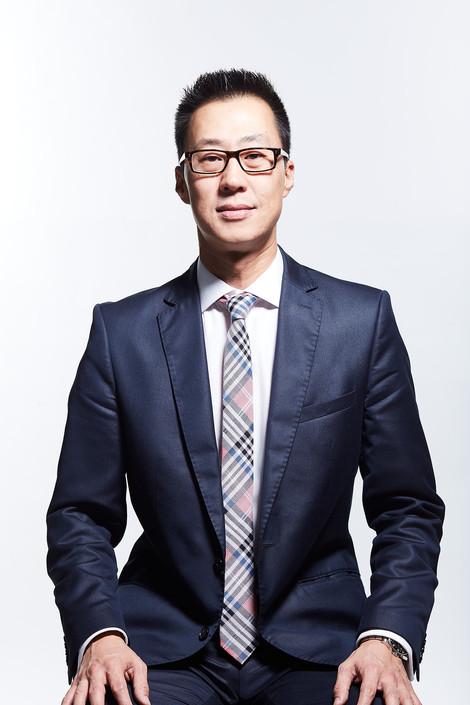 Cristian Kim - executivo