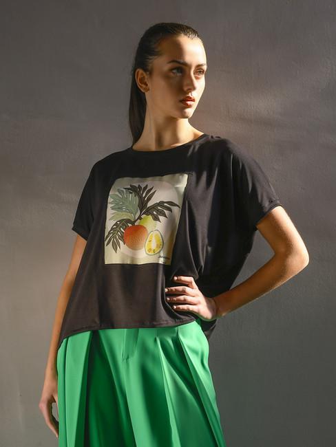 "T-shirt modello ""Raglan"""