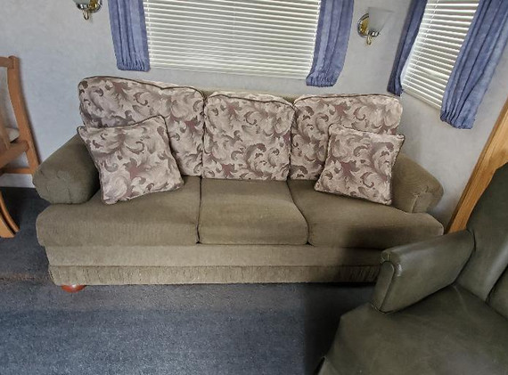 Couch area.jfif