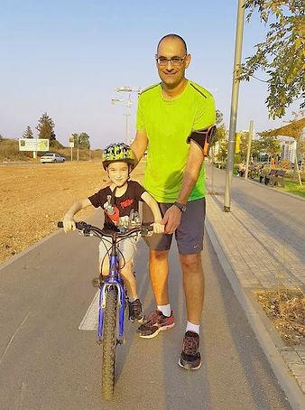 עופר מקדש- מדריך רכיבה על אופניים