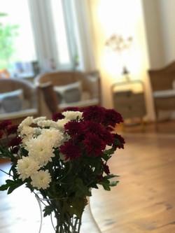 Praxisraum am Ostkreuz Blumendeko