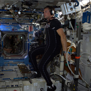 Andreas on ISS.jpg