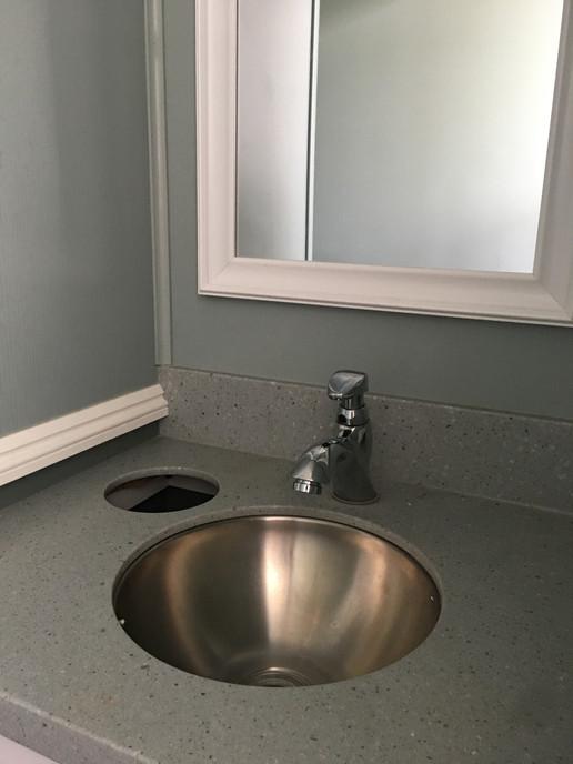 Luxury Comfort Station Sink