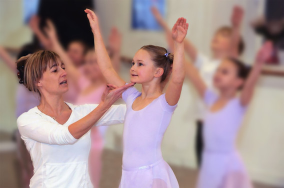 Danscentre's Principal, Karen Berry, has worked in dance training and education throughout Britain, developing a wide range of courses for students and teachers,includingRAD CBTS programme, RAD Pre-school Dance Curriculum,INSET for primary and secondary school teachers and HNC in Dance Studies.