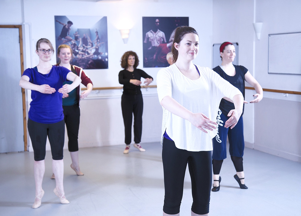 Ballet class for adults in Aberdeen. Come to Danscentre to enjoy the artistry and technique of ballet with the sculpting effects of pilates at Charlotte Summers' General Ballet class