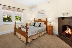 Main bedroom - City to Beach home