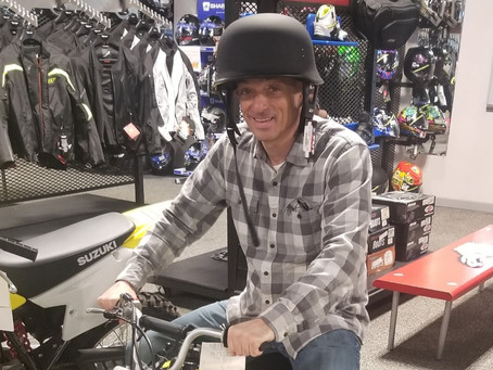 Mark picking out a cycle for the ride, is this the right one?