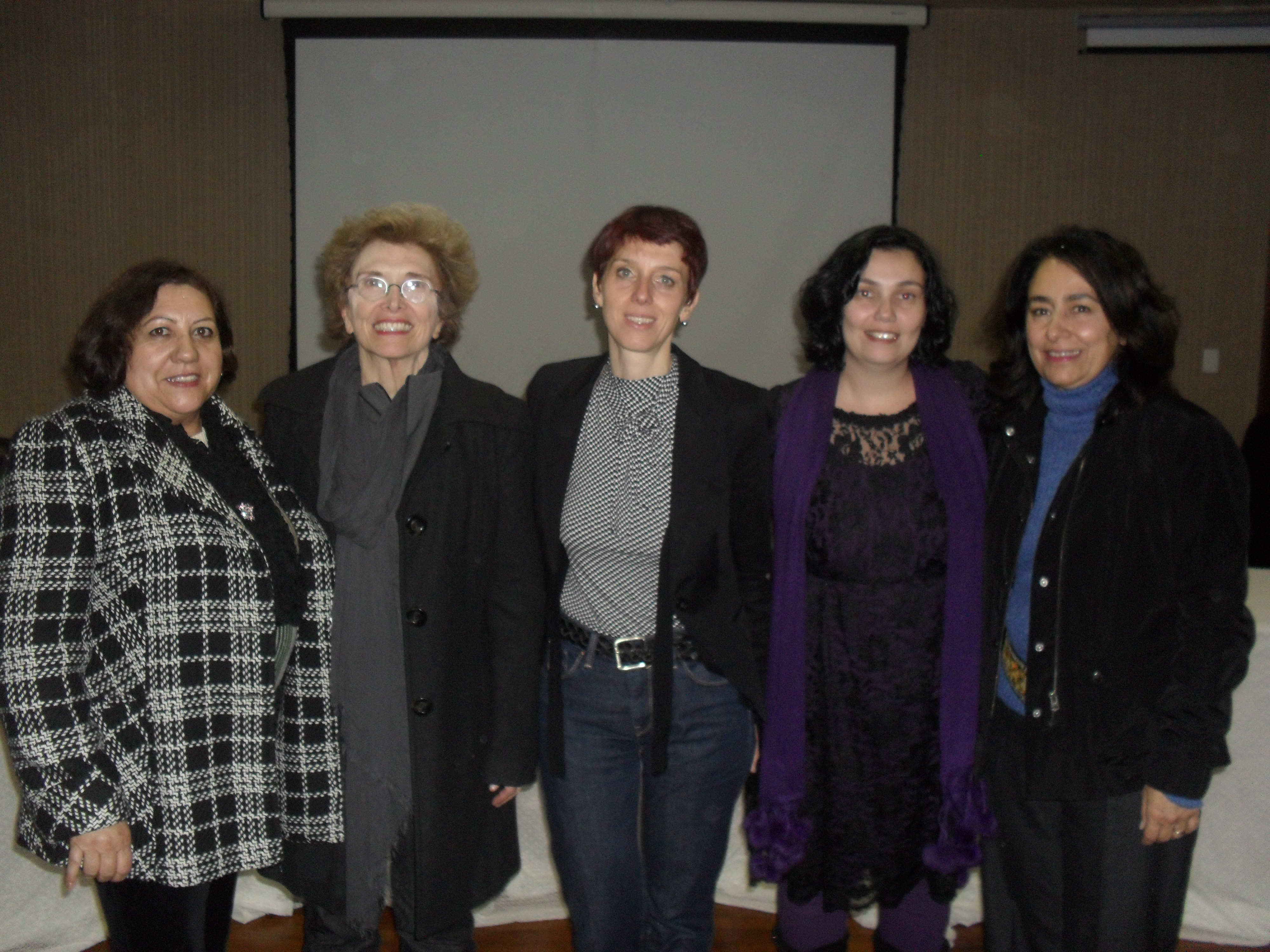 Ester, Norma, Bénédicte, Lu e Renata