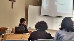 Hadassa_apresentando_comunicação_na_ALED_2017.jpg