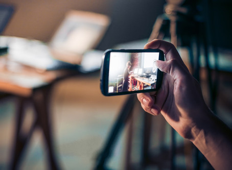 What is Instagram Stories and How Can Your Business Maximize This Feature?