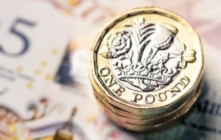 Bank of England Slashes Interest Base Rate to 0.25%