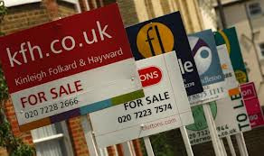 House prices rise 1.9% but property market remains 'subdued'