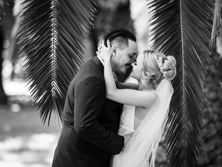 It isn't easy choosing a wedding photographer, so I've made you a list of 5 reasons why you need me